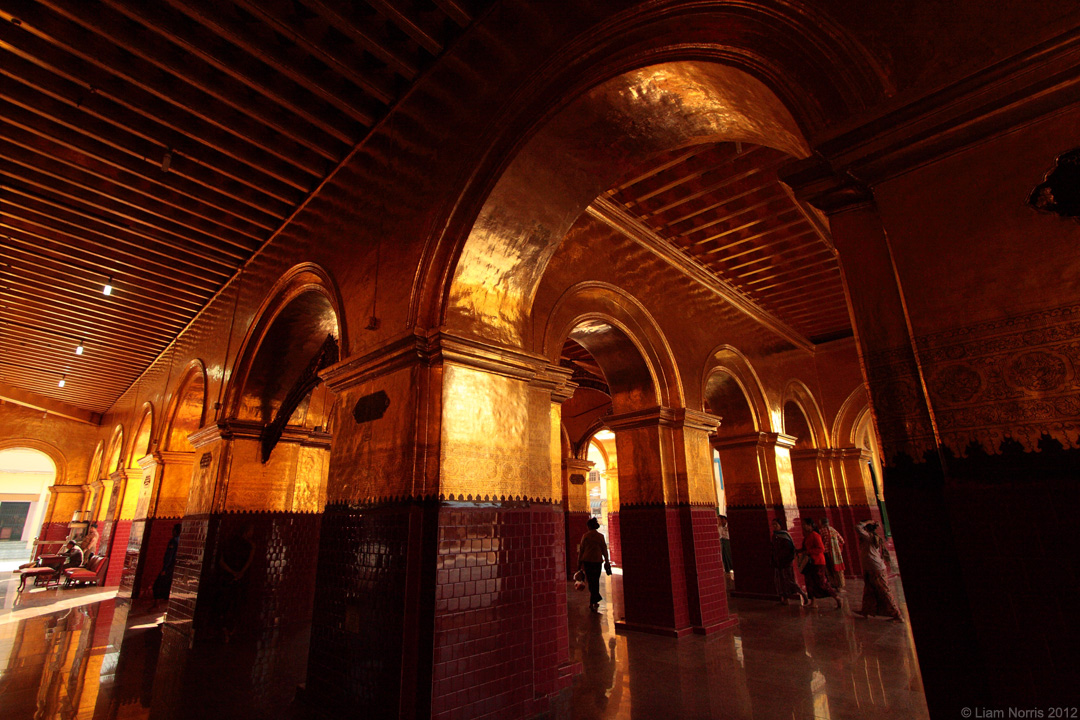 Mahamuni Paya, Mandalay, Myanmar